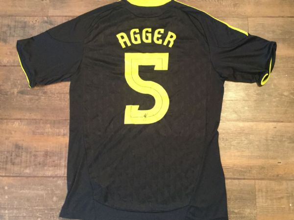 2010 2011 Liverpool Agger Away Third Football Shirt Adults Medium
